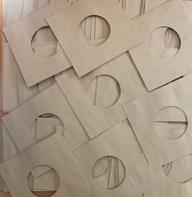 50 BROWN PAPER SLEEVES