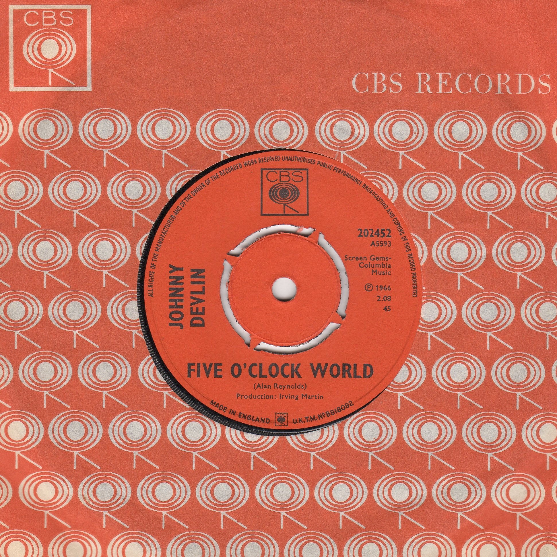 Five O clock World